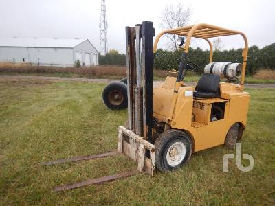 TOWMOTOR 601PG4024 4000 Lb Forklift