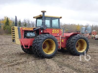 1980 VERSATILE 555 4WD Tractor