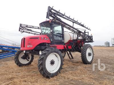 APACHE 859 90 Ft High Clearance Sprayer