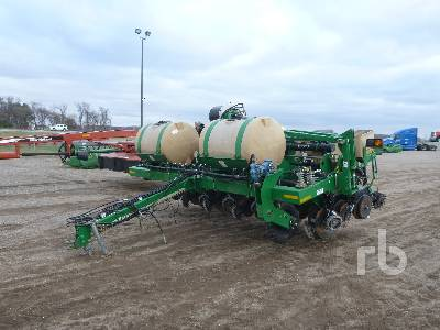 2015 GREAT PLAINS YP625A12TR 30 inch Planter
