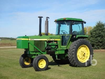 1976 JOHN DEERE 4430 2WD Tractor