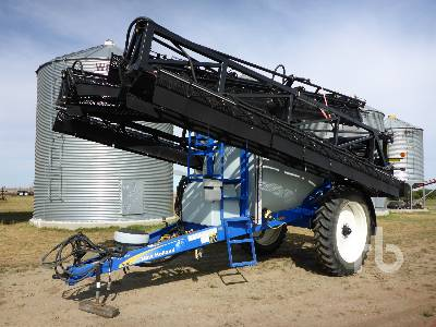 2012 NEW HOLLAND S1070 High Clearance Pull Type 95 Ft. Sprayer