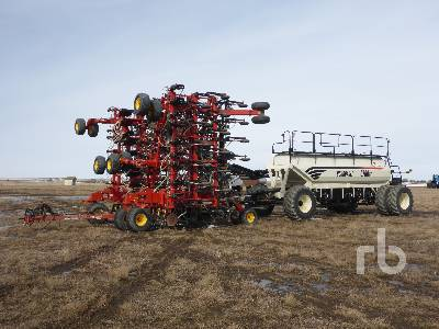 2013 BOURGAULT 3320PHD QDA 76 Ft Air Drill