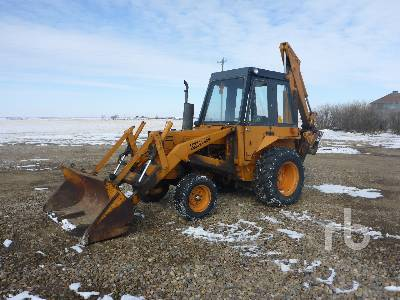 CASE 580B Loader Backhoe