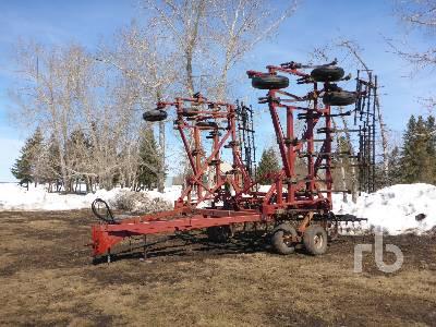 CASE IH 34 Ft Deep Tillage Cultivator