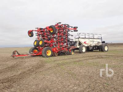 2014 BOURGAULT 3320PHD QDA 76 Ft Air Drill