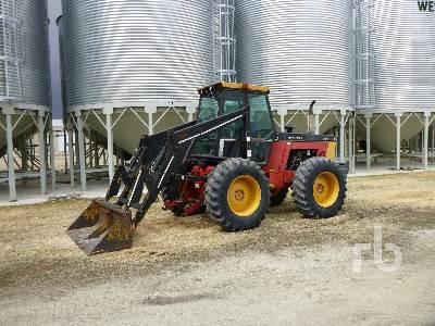 VERSATILE 276 Bi-Directional Tractor