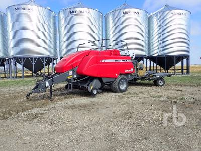 2012 MASSEY FERGUSON 2170 Big Square Baler