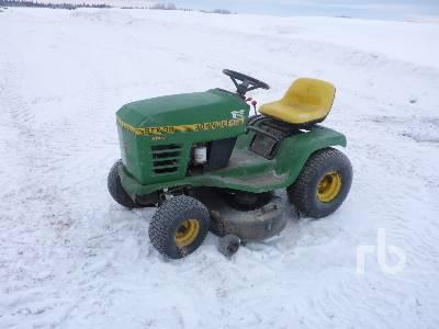 JOHN DEERE STX38 Hydro Ride-On Garden Tractor
