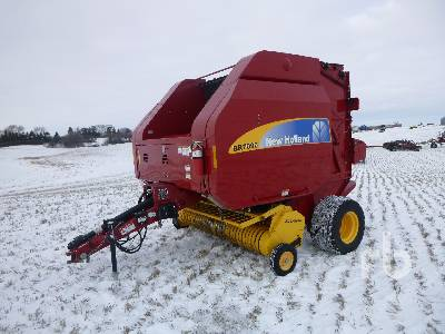 2009 NEW HOLLAND BR7090 Round Baler