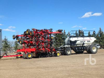 2015 BOURGAULT 3320PHD XTC 60 Ft Air Drill