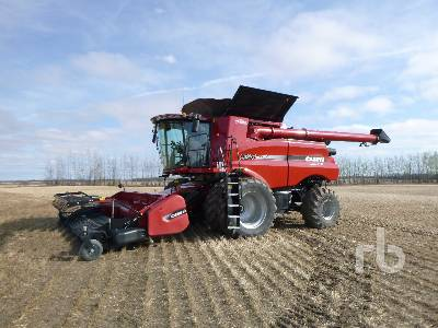 2018 CASE IH 9240 Large Grain Combine