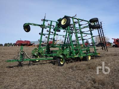 2002 JOHN DEERE 2200 32 Ft Cultivator