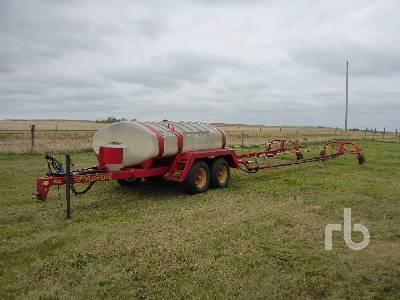 VERSATILE 3000 60 Ft Field Sprayer