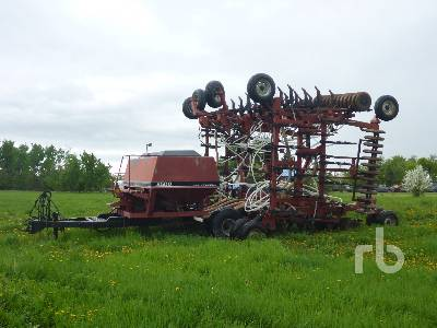 CASE IH 8500 45 Ft Tow-Between Air Drill