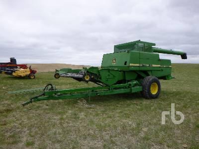 1980 JOHN DEERE 7721 Pull Type Combine