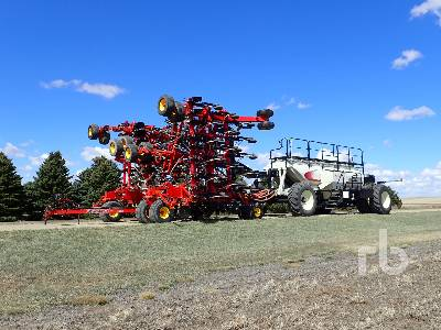 2014 BOURGAULT 3320PHD QDA 66 Ft Air Drill