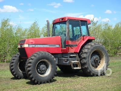 1992 CASE IH 7110 Magnum MFWD Tractor