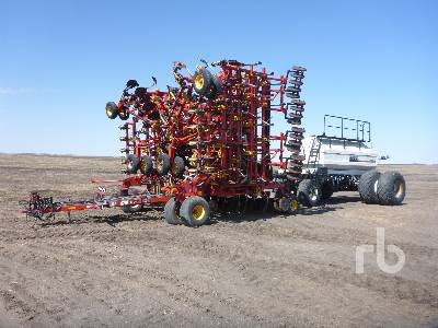 2006 BOURGAULT 5710 SERIES II 74 Ft Air Drill