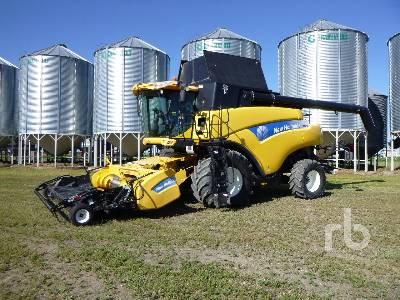 2009 NEW HOLLAND CR9090 Elevation Combine
