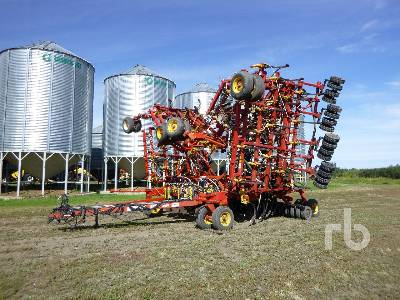 2002 BOURGAULT 5710 SERIES II 64 Ft Air Drill