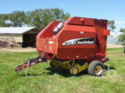 NEW HOLLAND BR780A Round Baler