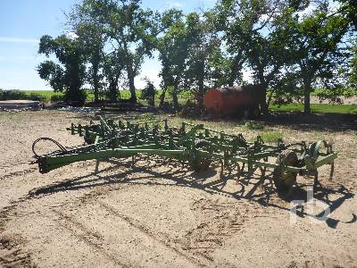 JOHN DEERE 24 Ft Medium Duty Cultivator