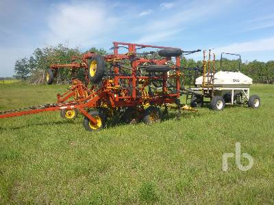 BOURGAULT 8800 24 Ft Air Drill
