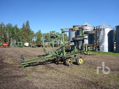JOHN DEERE 34 Ft Cultivator
