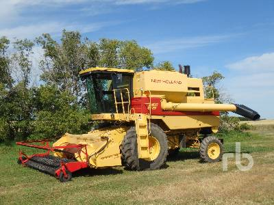 1987 NEW HOLLAND TR86 Combine