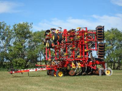 2006 BOURGAULT 5710 SERIES II 47 Ft Air Drill
