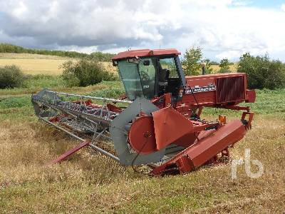 1994 CASE IH 8820 30 Ft Swather