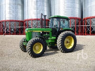 1989 JOHN DEERE 4255 MFWD Tractor