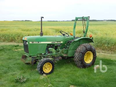 JOHN DEERE 850 Utility Tractor