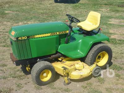 1988 JOHN DEERE 430 Utility Tractor