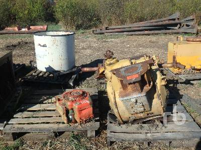 Pipe Layer Winch Crawler Tractor Attachment - Other