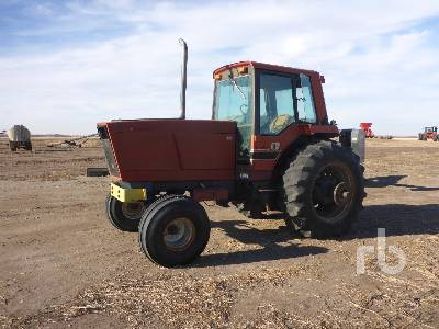 1984 CASE IH 5288 2WD Tractor