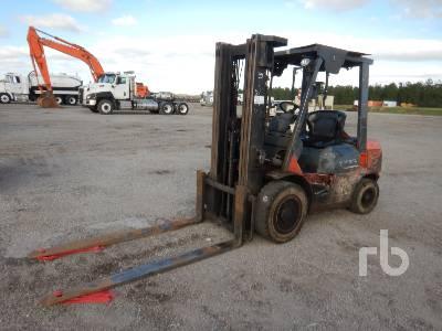 2007 TOYOTA 7FDU30 6000 Lb Forklift