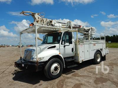 2014 INTERNATIONAL 4300 w/Terex Commander C4045 Digger Derrick Truck