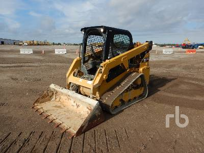 2018 CATERPILLAR 249D Compact Track Loader