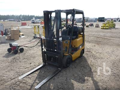2004 CATERPILLAR GC15K 2800 Lb Forklift
