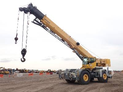 2010 GROVE RT700E 60 Ton 4x4x4 Rough Terrain Crane