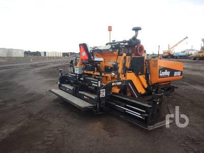 2015 LEEBOY 8515C Crawler Asphalt Paver