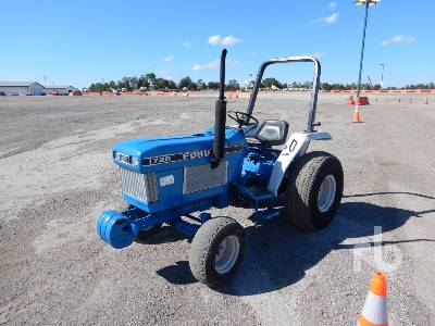 FORD 1720 2WD Utility Tractor