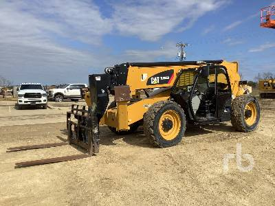 2018 CATERPILLAR TL1055D 10000 Lb 4x4x4 Telescopic Forklift