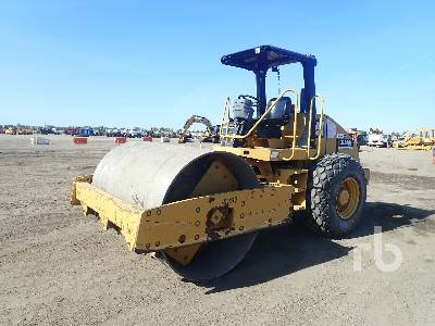 2011 CATERPILLAR CS54 Vibratory Roller