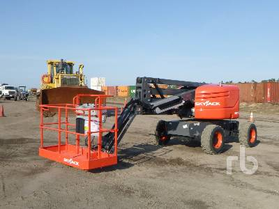 2015 SKYJACK SJ46AJ 4x4 Articulated Boom Lift