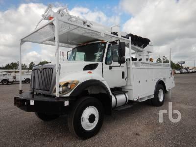 2014 INTERNATIONAL 7300 Workstar 4x4 w/Terex Commander C404 Digger Derrick Truck