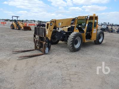 2012 CATERPILLAR TL642 6000 Lb 4x4x4 Telescopic Forklift