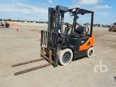 2013 DOOSAN G25E5 4600 Lb Forklift